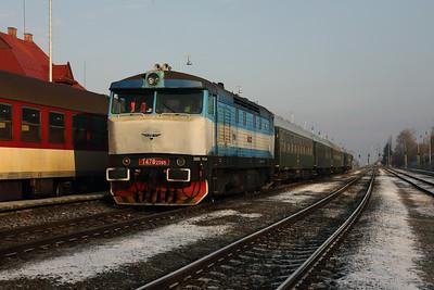 KZC, T478 2065 (90 54 3749 259-8 CZ-KZC) at Horna Stubna on 5th February 2018 working Grumpy Railtour (7)