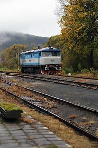 KZC, T478 2065 (90 54 3749 259-8 CZ-KZC) at Nove Mesto pad Smrkem on 29th October 2017 working Grumpy Railtours charter train (12)