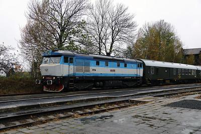 KZC, T478 2065 (90 54 3749 259-8 CZ-KZC) at Nove Mesto pad Smrkem on 29th October 2017 working Grumpy Railtours charter train (15)