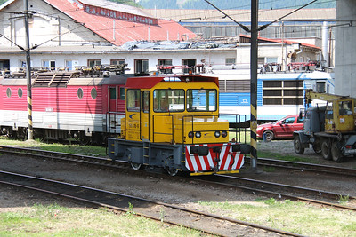 199 416 (97 56 8199 416-9 SK-ZSSKC) at Zilina Depot on 23rd June 2016 (2)