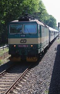 163 250 (91 54 7163 250-4 CZ-CD) near Velky Osek on 24th June 2016 (2)