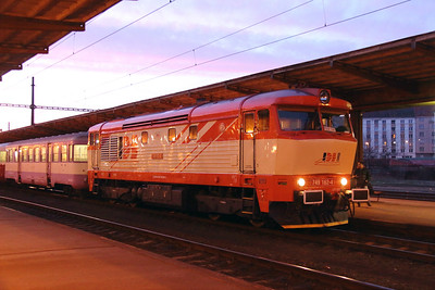IDSC, 749 162 (92 54 2749 162-4 CZ-IDSC) at Prague Vrsovice on 9th March 2015 (2)