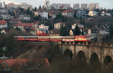 IDSC, 749 162 (92 54 2749 162-4 CZ-IDSC) at Prague Hlubocepy on 9th March 2015 (5)