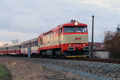 IDSC, 749 162 (92 54 2749 162-4 CZ-IDSC) at Hostivice Sadova on 9th March 2015 (3)