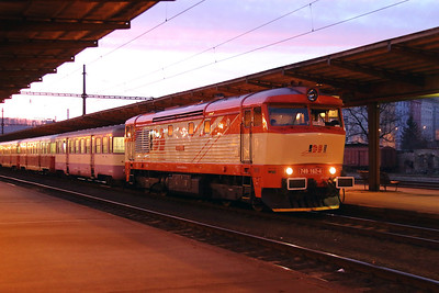 IDSC, 749 162 (92 54 2749 162-4 CZ-IDSC) at Prague Vrsovice on 9th March 2015 (9)