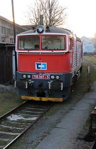 755 001 at Kralupy nad Vltavou on 9th March 2015 (2)