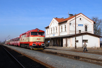 IDSC, 749 162 (92 54 2749 162-4 CZ-IDSC) at Zlonice on 9th March 2015 (9)