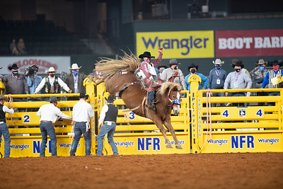 2020NFR_R01_BB_Clayton Biglow_LilRedHawk_Stangle-125