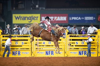 2020NFR_R01_BB_Clayton Biglow_LilRedHawk_Stangle-126