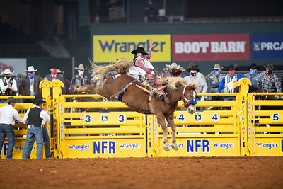 2020NFR_R01_BB_Clayton Biglow_LilRedHawk_Stangle-118