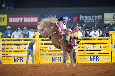 2020NFR_R01_BB_Clayton Biglow_LilRedHawk_Stangle-128
