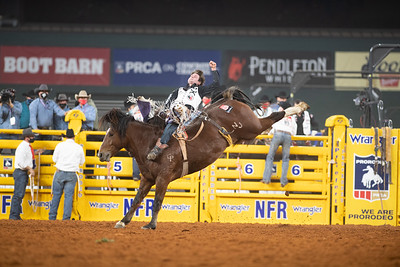 2020NFR_R02_BB_Cole Reiner_TopEgypytian_Stangle-6187