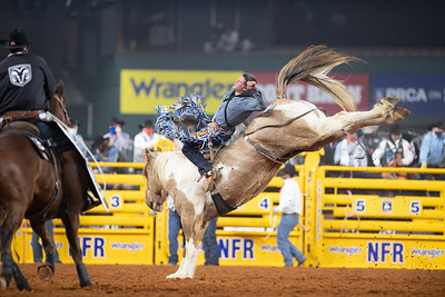 2020NFR_R03_BB_Chad Rutherford_SanAngeloSam_Stangle-6988