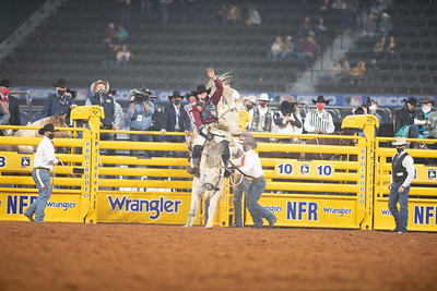 2020NFR_R03_BB_Jake Brown_MakeUpFace_Stangle-6938