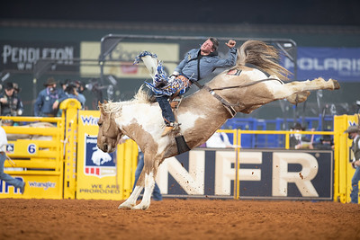 2020NFR_R03_BB_Chad Rutherford_SanAngeloSam_Stangle-6986