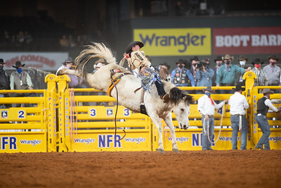 2020NFR_R04_BB_Chad Rutherford_PaintedSmoke_Stangle-7740