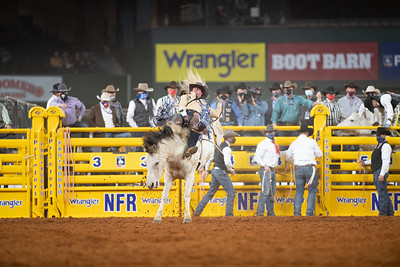 2020NFR_R04_BB_Chad Rutherford_PaintedSmoke_Stangle-7737
