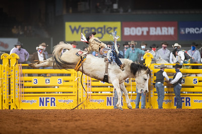 2020NFR_R04_BB_Chad Rutherford_PaintedSmoke_Stangle-7741