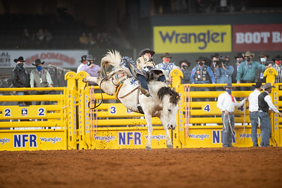 2020NFR_R04_BB_Chad Rutherford_PaintedSmoke_Stangle-7739