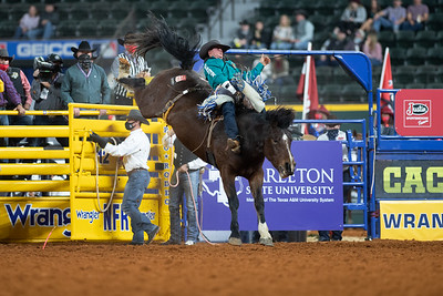 2020NFR_R07_BB_Chad Rutherford_CoronaKate_Stangle-2515