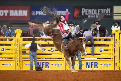 2020NFR_R07_BB_Cole Reiner_AmosMoses_Stangle-2505