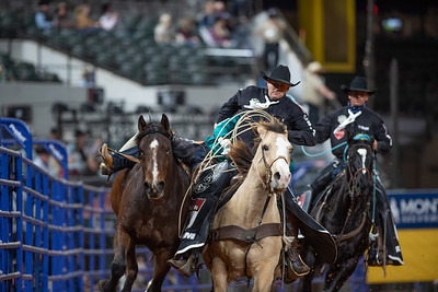 2020NFR_R07_BB_Chad Rutherford_CoronaKate_Stangle-2524