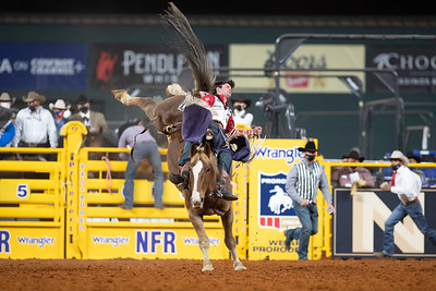 2020NFR_R07_BB_Cole Reiner_AmosMoses_Stangle-2507