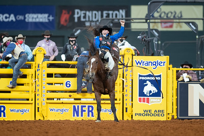 2020NFR_R07_BB_Jake Brown_TopEgyptian_Stangle-2470