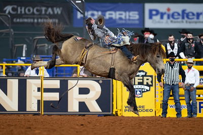 2020NFR_R09_BB_Chad Rutherford_ScarletFromHell_Stangle-6068