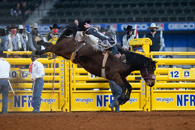 2020NFR_R09_BB_Cole Reiner_ArbitratorJoe_Stangle-6133