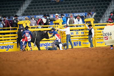 2020NFR_R01_BR_Bullfighters_Stangle-6007