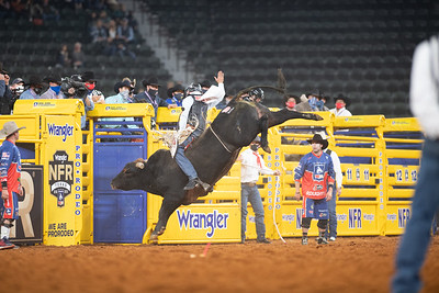 2020NFR_R03_BR_Boudreaux Campbell_Chiseled_Stangle-7542