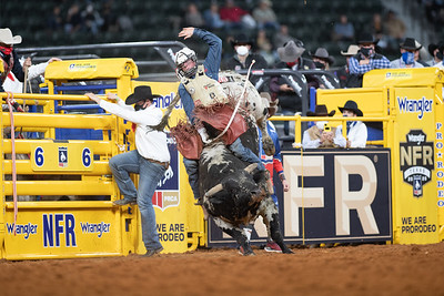 2020NFR_R04_BR_Trevor Kastner_LuckyCharm_Stangle-8283