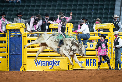 2020NFR_R05_BR_Jeff Askey_ButterBean_Stangle-9767