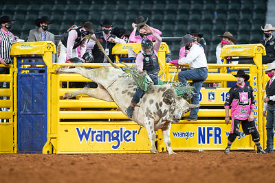 2020NFR_R05_BR_Jeff Askey_ButterBean_Stangle-9768