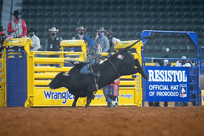 2020NFR_R06_BR_Colten Fritzlan_BitABadNews_Stangle-2092