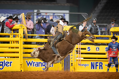 2020NFR_R06_BR_Brady Portenier_Funhater_Stangle-1661