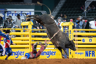 2020NFR_R07_BR_Roscoe Jarboe_BigRed_Stangle-3896