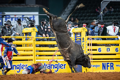 2020NFR_R07_BR_Roscoe Jarboe_BigRed_Stangle-3897