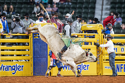 2020NFR_R07_BR_Jeff Askey_Tino'sEspecial_Stangle-3814