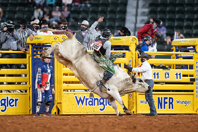 2020NFR_R07_BR_Jeff Askey_Tino'sEspecial_Stangle-3821