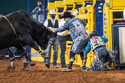 2020NFR_R08_BR_Dusty Tuckness_Stangle-5575