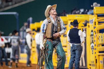 2020NFR_R08_BR_Brady Portenier_DiddyWaDiddy_Stangle-5632