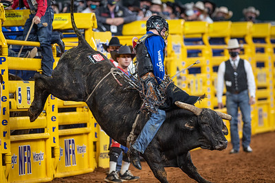 2020NFR_R09_BR_Ky Hamilton_HouseofPain_Stangle-7388