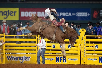 2020NFR_R09_SB_Cole Elshere_MajorHuckleberry_Stangle-6384