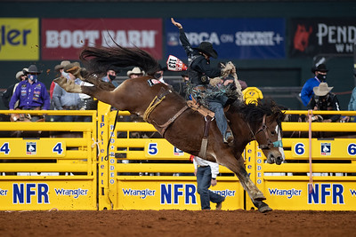 2020NFR_R09_SB_Isaac Diaz_DeltaDawn_Stangle-6405