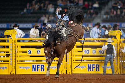 2020NFR_R09_SB_Chase Brooks_2Cookies_Stangle-6451