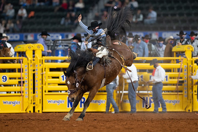 2020NFR_R09_SB_Chase Brooks_2Cookies_Stangle-6450
