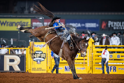 2020NFR_R08_SB_Ryder Wright_AmericanHat'sPositiveTimes_Stangle-4821