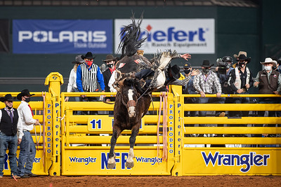 2020NFR_R08_SB_Chase Brooks_IndianBurn_Stangle-4792